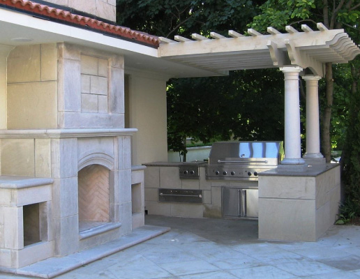 Outdoor Kitchen Contractor in Burlington